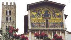 De San Frediano in Lucca '...het oudste godshuis in de stad...'