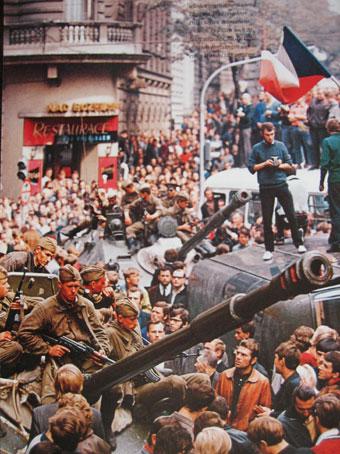 Russische tanks in Praag 1968
